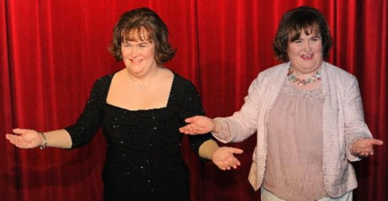 Susan Boyle meets her own waxwork model