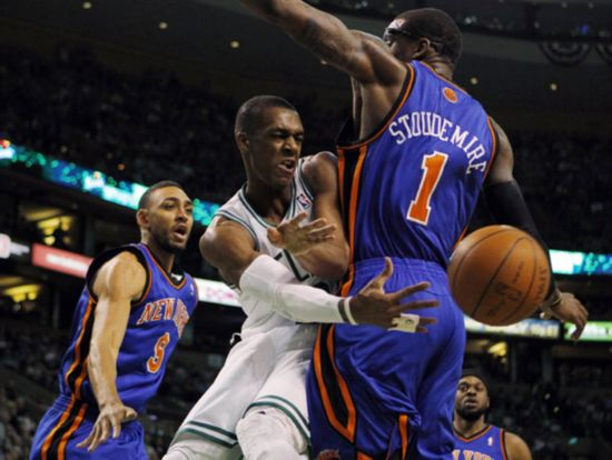 NBA: Celtics beat Knicks 96-93