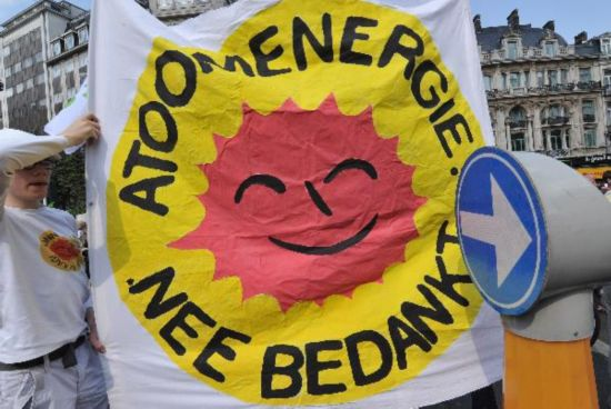 Protesters stage rally against atomic energy in Brussels