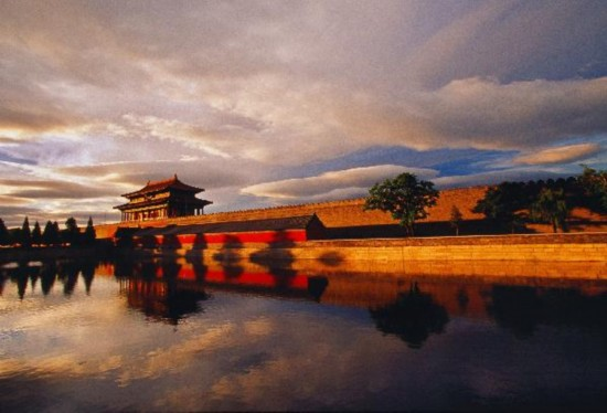 China gears up for 1st national tourism day