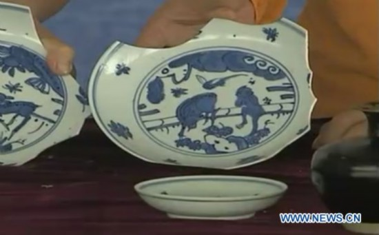 Delicate chinaware surfaced from Ming Dynasty sunken ship