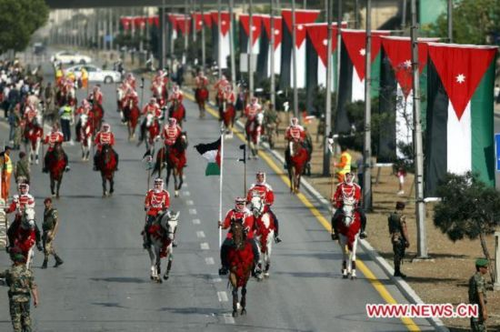 Jordanians celebrate 65th Independence Day in Amman