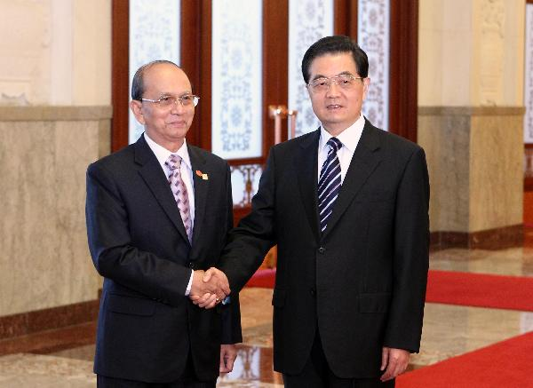 China, Myanmar forge partnership, ink deals on Myanmar president's maiden visit