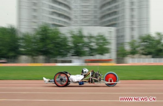 Chinese students prepare for energy saving vehicle marathon competition