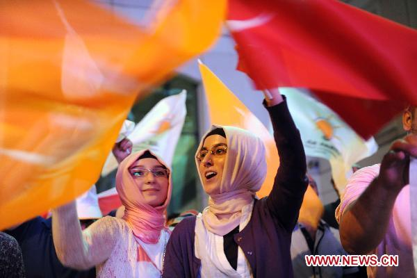 Turkey's ruling AKP wins elections for a third straight term