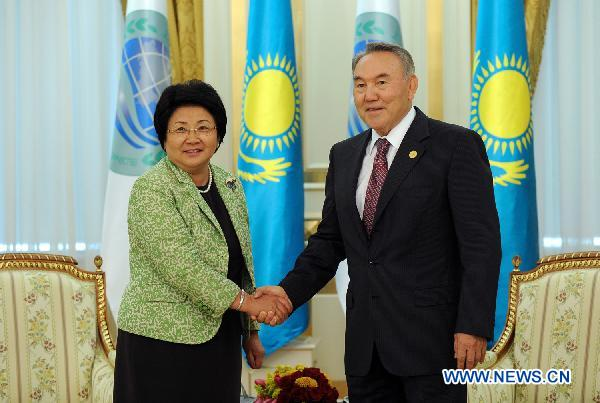 Kazakh President meets with Kyrgyz counterpart
