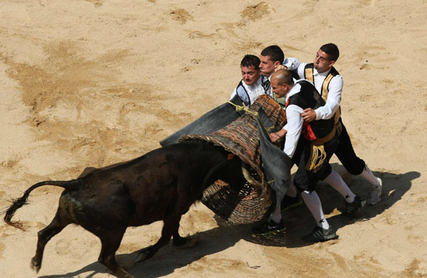"""Recortadores"" perform at San Fermin festival in Pamplona"