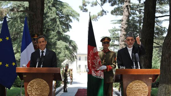 Sarkozy pays surprise visit to Afghanistan, troops exit on agenda