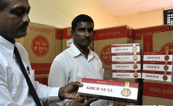 Sri Lankan authorities seize large amount of illegally imported cigarettes