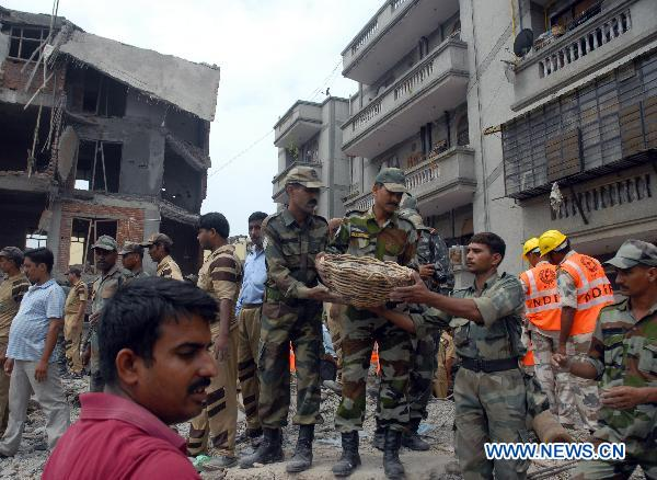 Death toll in building collapse rises to 4 in Ghaziabad, India