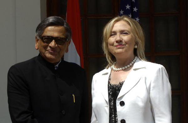 Counter-terrorism tops agenda of 2nd U.S.-India strategic dialogue: Clinton
