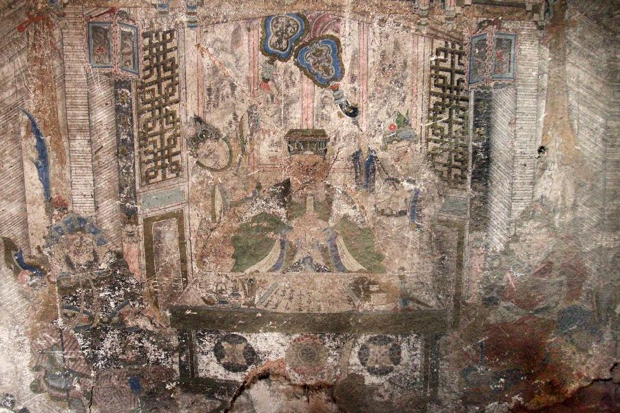 Beautiful murals of ancient warrior Guan Yu found in abandoned temple