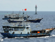 Fishing vessels arrive at Zhubi Reef of South China Sea