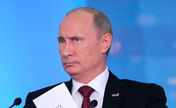 Putin's gestures during APEC news conference