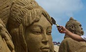 Sand sculpture exhibition kicks off in E China