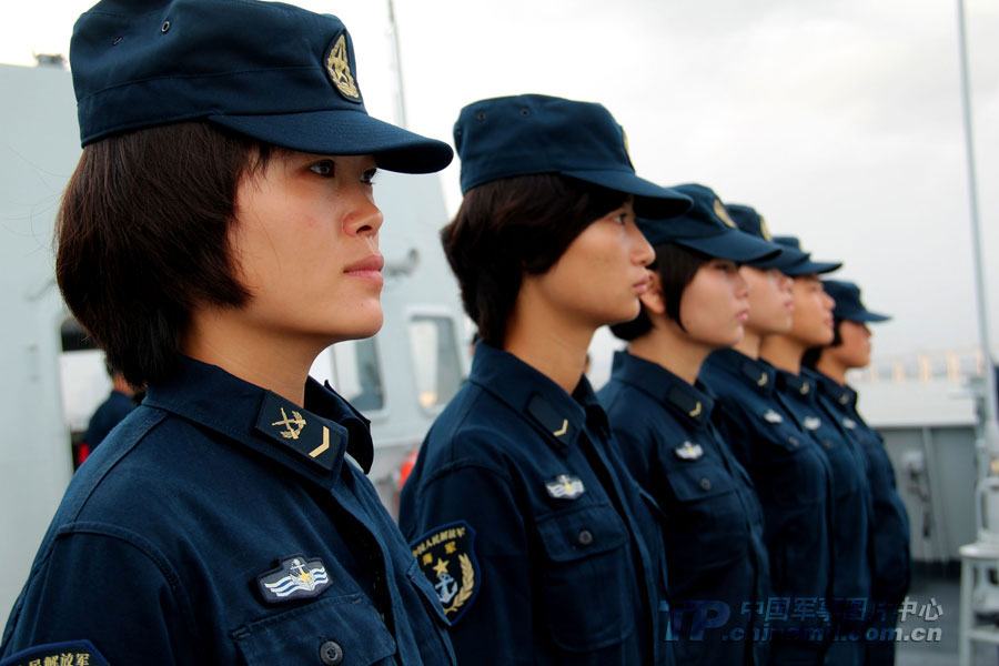 "Female soldiers are training on the ""Jinggangshan"" warship. (China Military Online/Li Jianhong)"