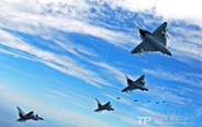 Amazing military photos: China's J-10 fighters
