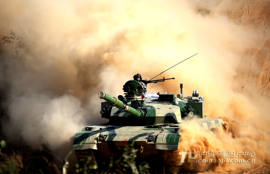 The Nanjing MAC of the Chinese PLA recently organized an actual-troop and live-ammunition exercise, so as to greatly improve troops' overall combat capability. (China Military Online/Gao Yanan)
