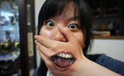 Terrible! Japanese girl's body painting