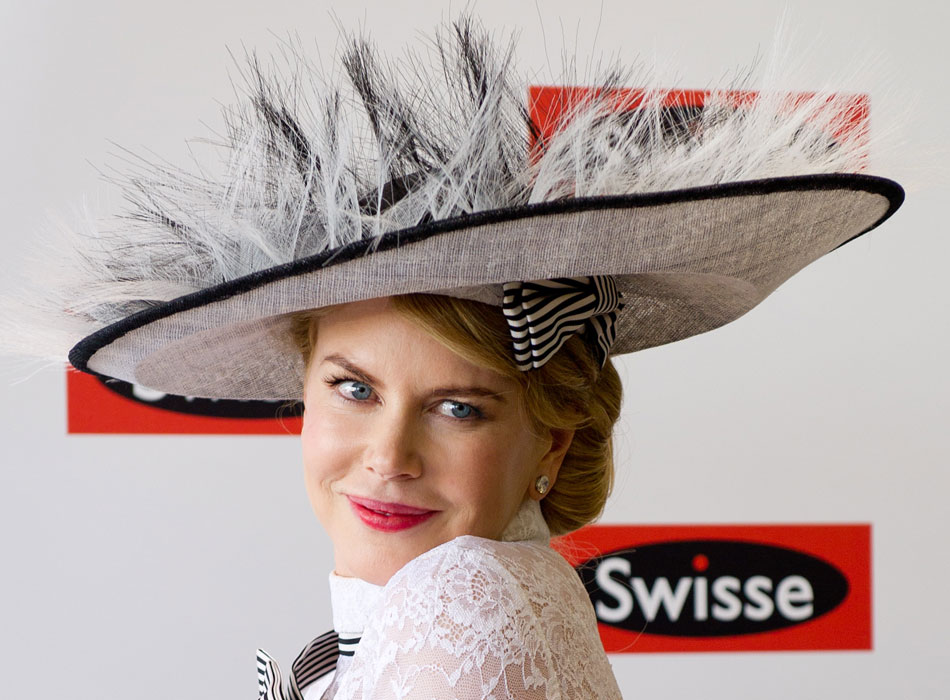 Movie star Nicole Kidman attends the Melbourne Cup carnivals on Nov. 3, 2012. (Xinhua/Bai Xue)