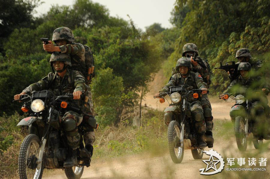China's special forces in comprehensive training (4) - People's Daily...