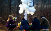 Newtown residents mourn for school shooting victims