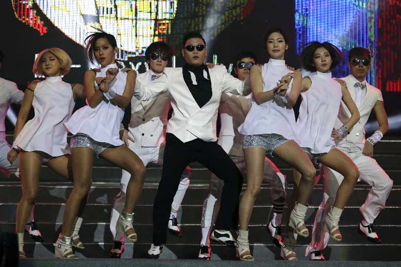 Korean star Psy during a performation in Nanjing, China, on Feb 2, 2013. (Xinhua)