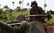 French, Cote d'Ivoire soldiers attend joint drill