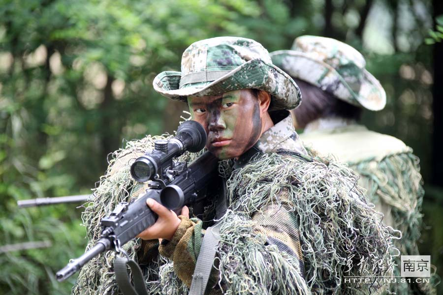 Close view of Chinese female snipers (Source: 81.cn)