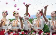 'Rose Queens' seen at Rose Festival in Kazanlak