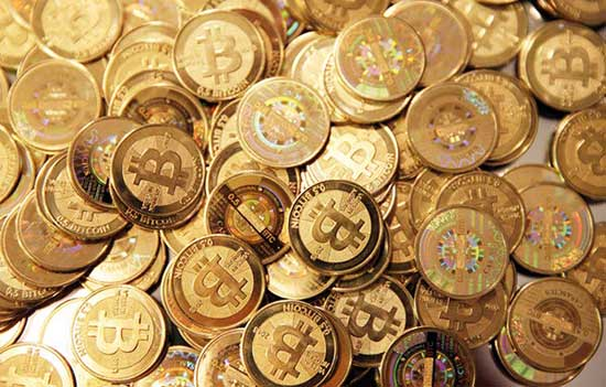 Digital currency bitcoin gains virtual interest - People's