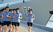 Chinese female naval soldiers to implement duties