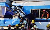 Argentine Commuter train crash causes deaths