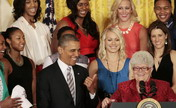 Obama attends welcome ceremony of  Indiana Fever