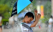 Scorching heat bakes E China's Jinan
