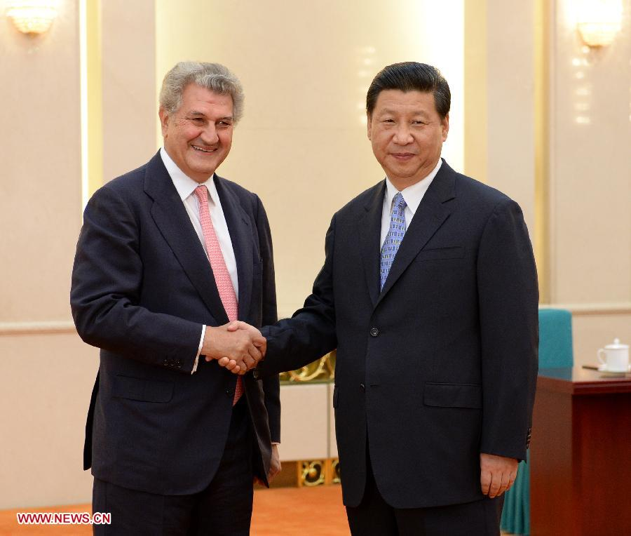 Chinese President Xi Jinping (R) meets with Jesus Posada, president of the Congress of Deputies of Spain, in Beijing, capital of China, July 5, 2013. (Xinhua/Ma Zhancheng)