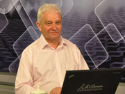 President of Royal Society Paul Nurse visits People's Daily Online