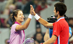 Li Na vs Novak Djokovic in charity match before 2013 China Open