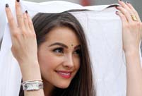 Miss Universe 2012 Olivia Culpo visits Tihar Jail in New Delhi