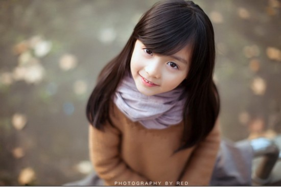 Cute little Chinese girl becomes Internet sensation ...