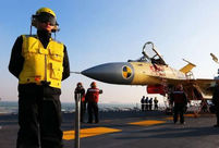 Roar of J-15 fighter is melody for operator on the Liaoning