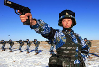 Female marines receive tactical training in NW China
