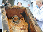 1,500-year-old coffin excavated from grassland in N China